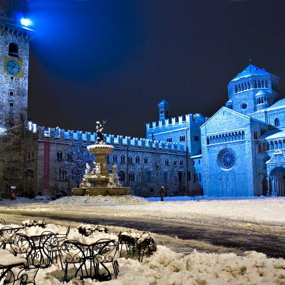 Piazza Duomo, Trento, Italia