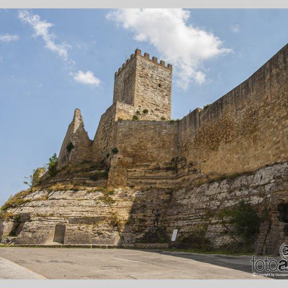 Torre Pisana e Castello di Lombardia a Enna
