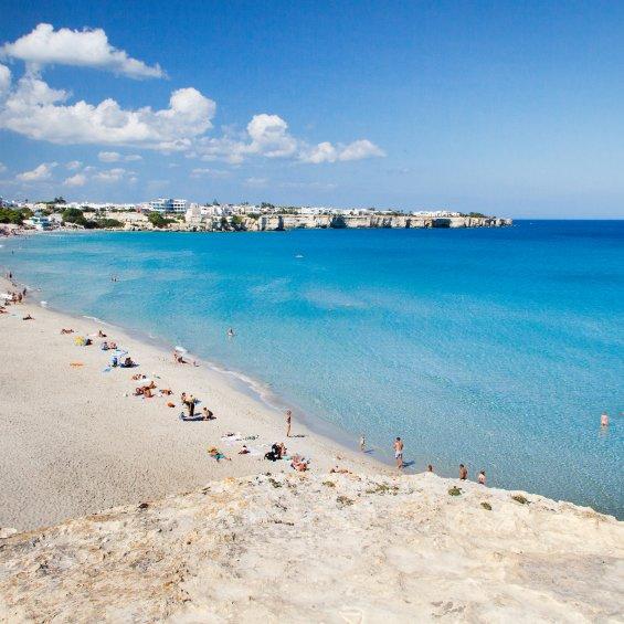Spiaggia di Torre dell'Orso, provincia di Lecce, Puglia, Italia